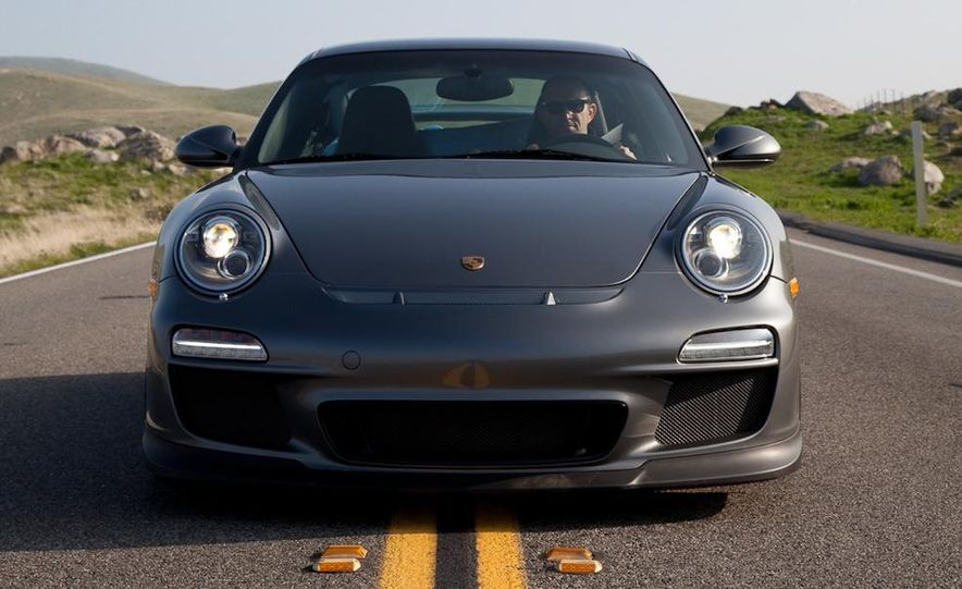 2010 Porsche 911 GT3 - Slide 2