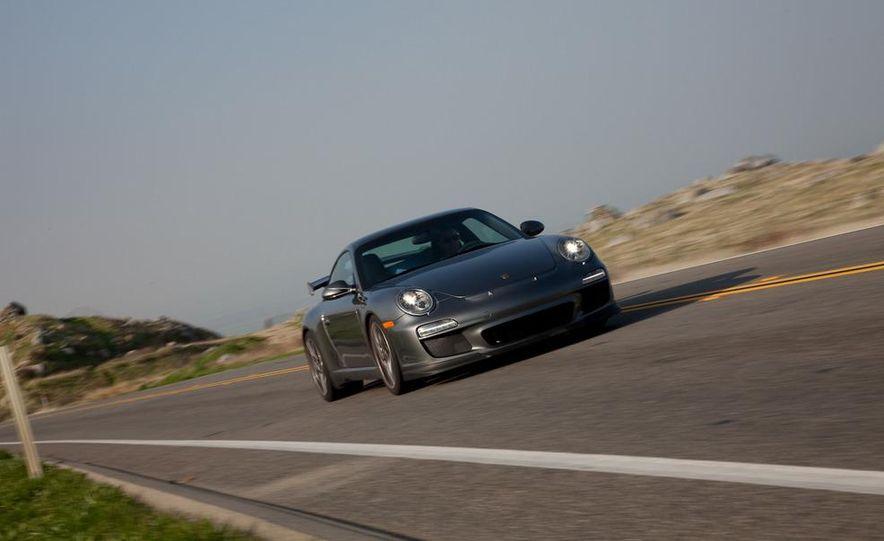 2010 Porsche 911 GT3 - Slide 4