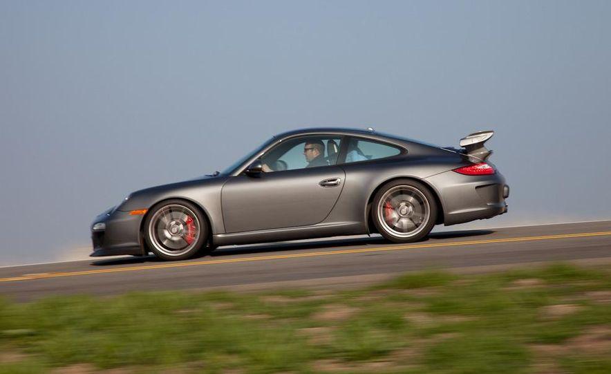 2010 Porsche 911 GT3 - Slide 6