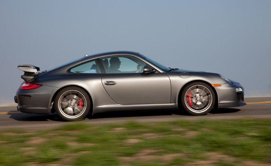 2010 Porsche 911 GT3 - Slide 8