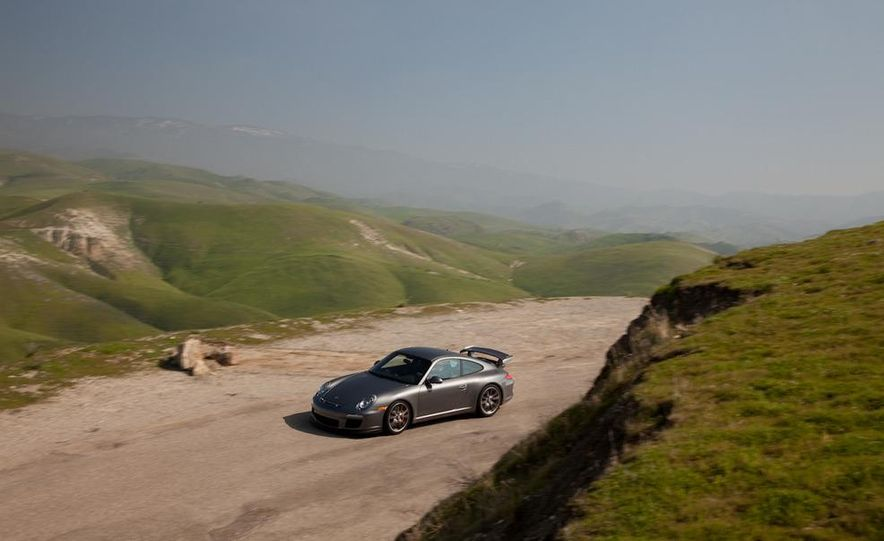 2010 Porsche 911 GT3 - Slide 9