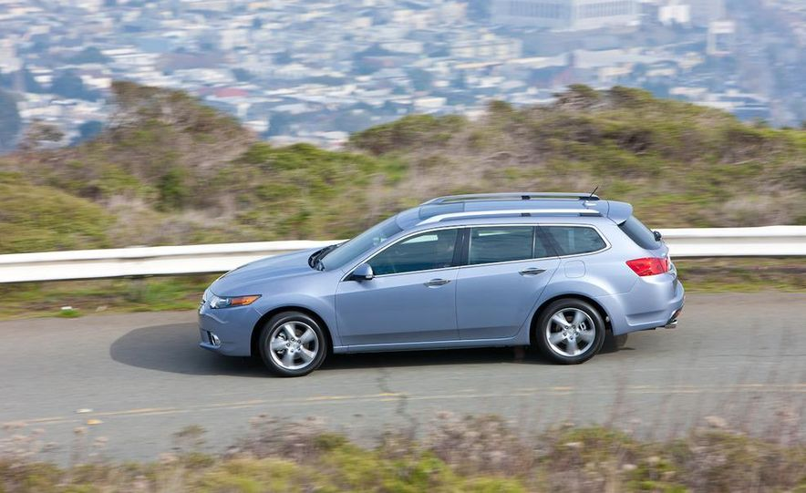 2011 Acura TSX Sport Wagon - Slide 23