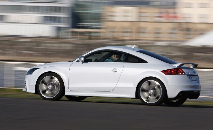 2012 Audi TT RS coupe (European spec) - Slide 12