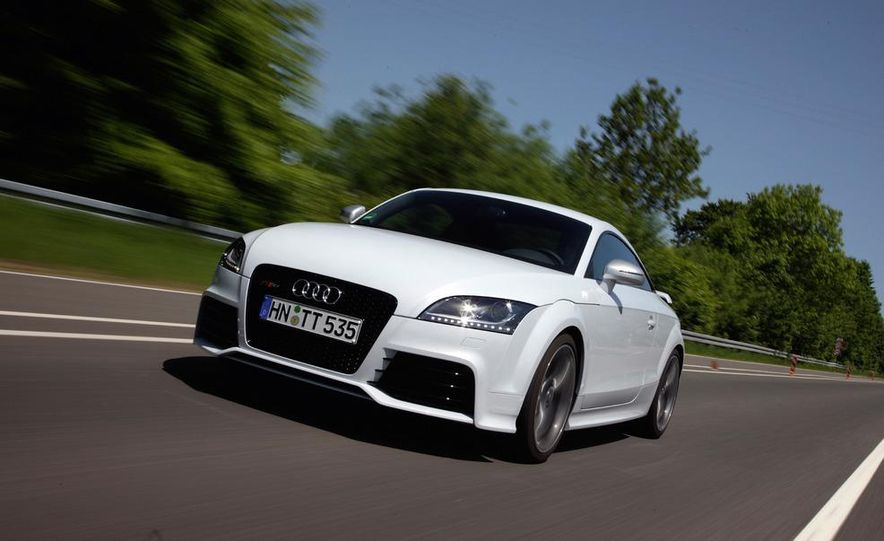 2012 Audi TT RS coupe (European spec) - Slide 15