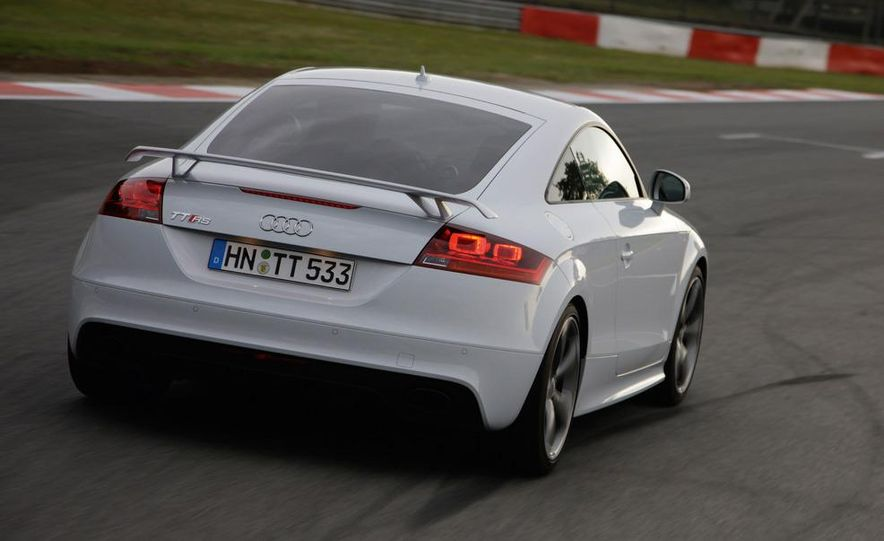 2012 Audi TT RS coupe (European spec) - Slide 16
