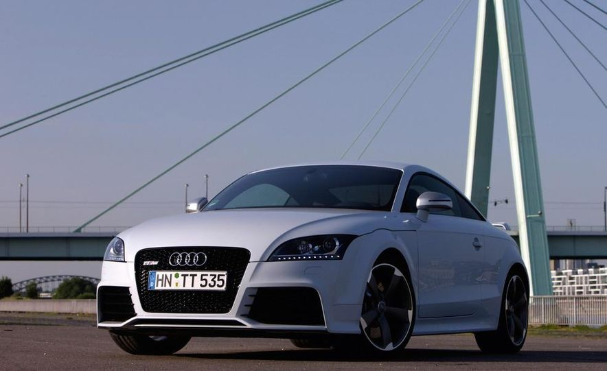 2012 Audi TT RS coupe (European spec) - Slide 17