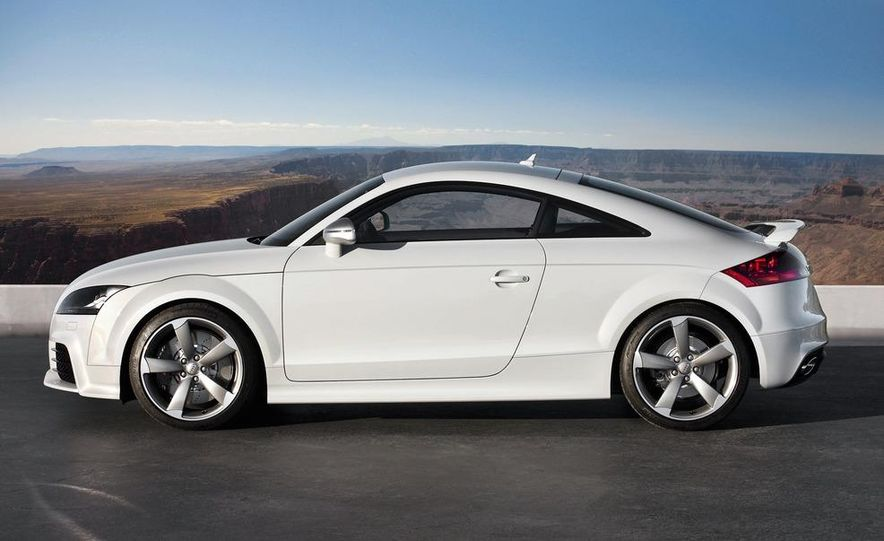 2012 Audi TT RS coupe (European spec) - Slide 18