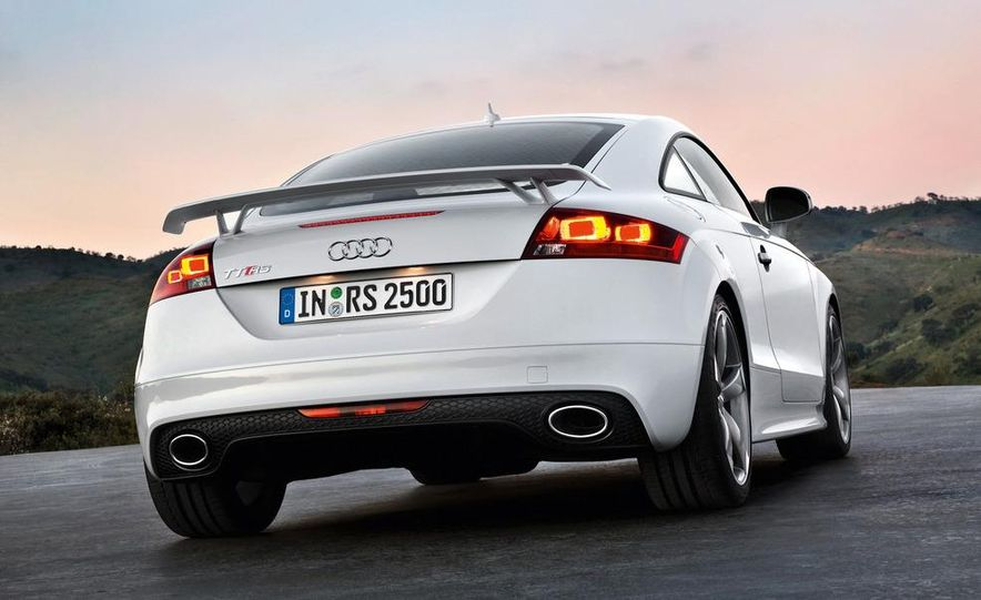 2012 Audi TT RS coupe (European spec) - Slide 24