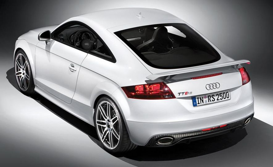 2012 Audi TT RS coupe (European spec) - Slide 32