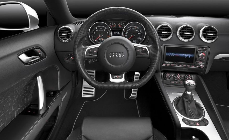 2012 Audi TT RS coupe (European spec) - Slide 36