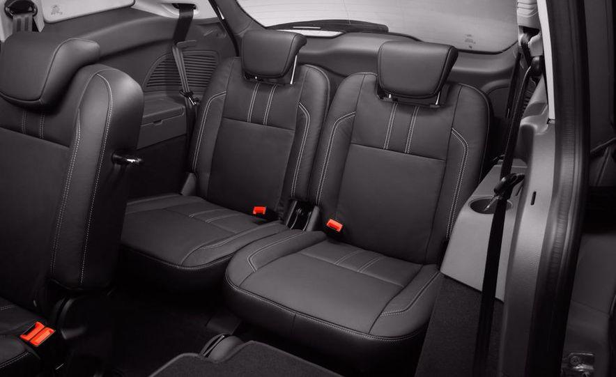 Ford B-Max concept - Slide 85