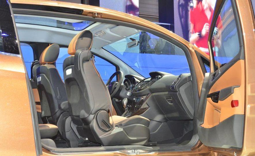 Ford B-Max concept - Slide 14