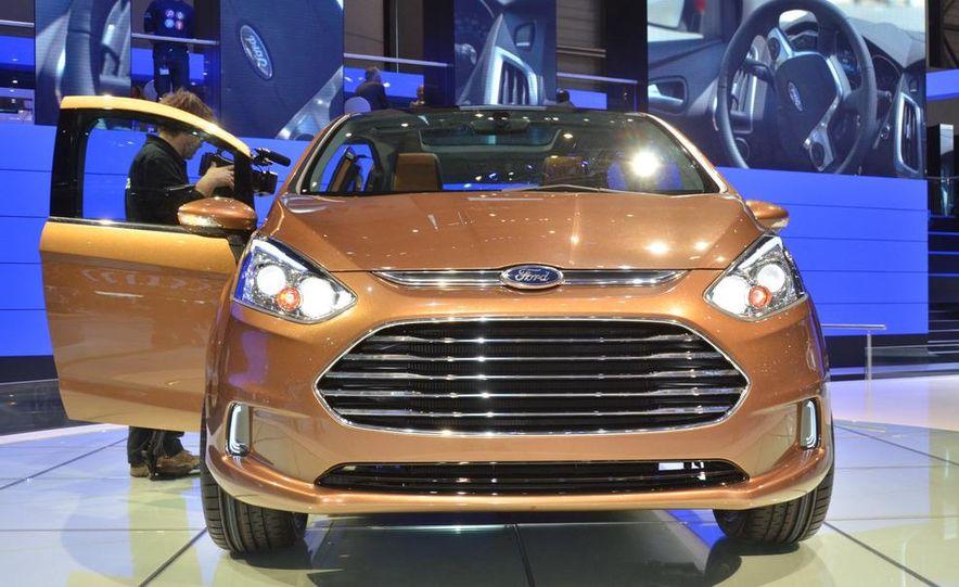 Ford B-Max concept - Slide 9