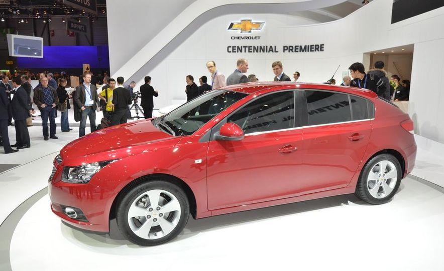 2012 Chevrolet Cruze hatchback - Slide 6
