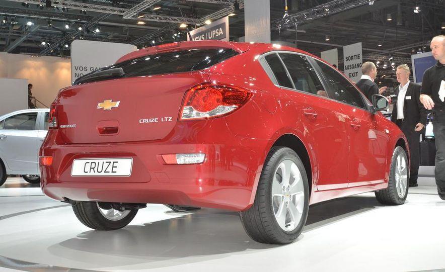 2012 Chevrolet Cruze hatchback - Slide 7