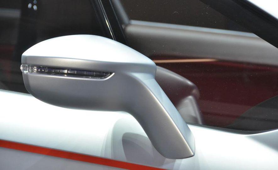 Italdesign Giugiaro / Volkswagen Tex concept - Slide 11