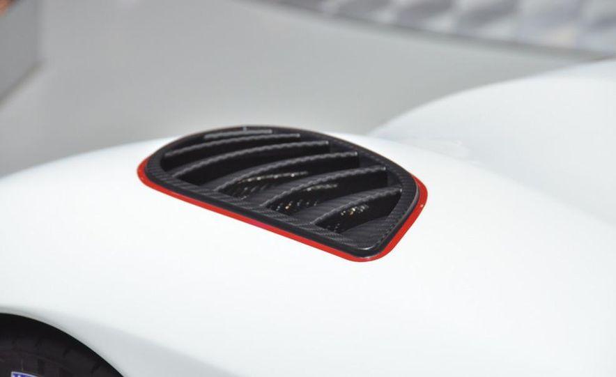 2011 Koenigsegg Agera R - Slide 23