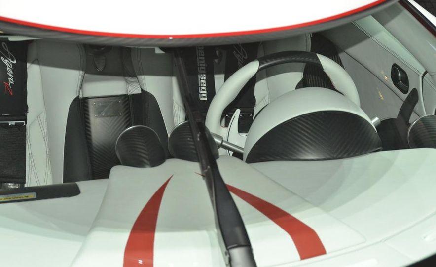 2011 Koenigsegg Agera R - Slide 28