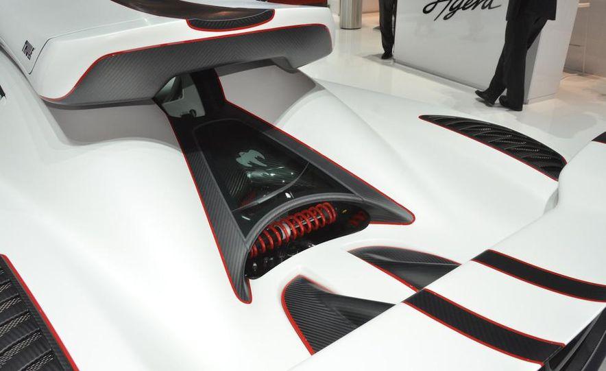 2011 Koenigsegg Agera R - Slide 14