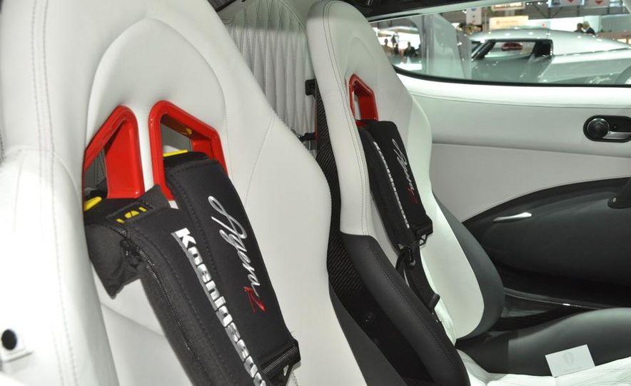 2011 Koenigsegg Agera R - Slide 34
