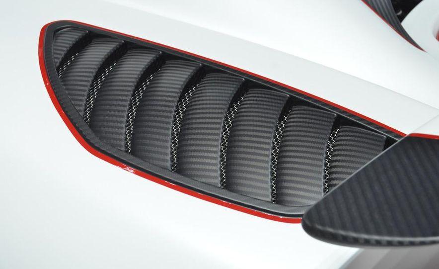 2011 Koenigsegg Agera R - Slide 20