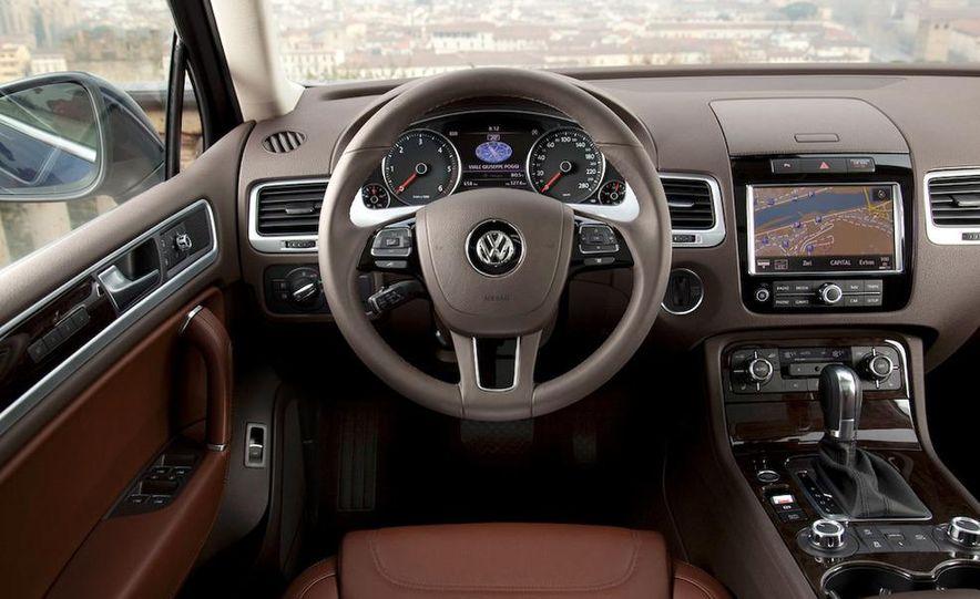2011 Volkswagen Touareg TDI - Slide 41