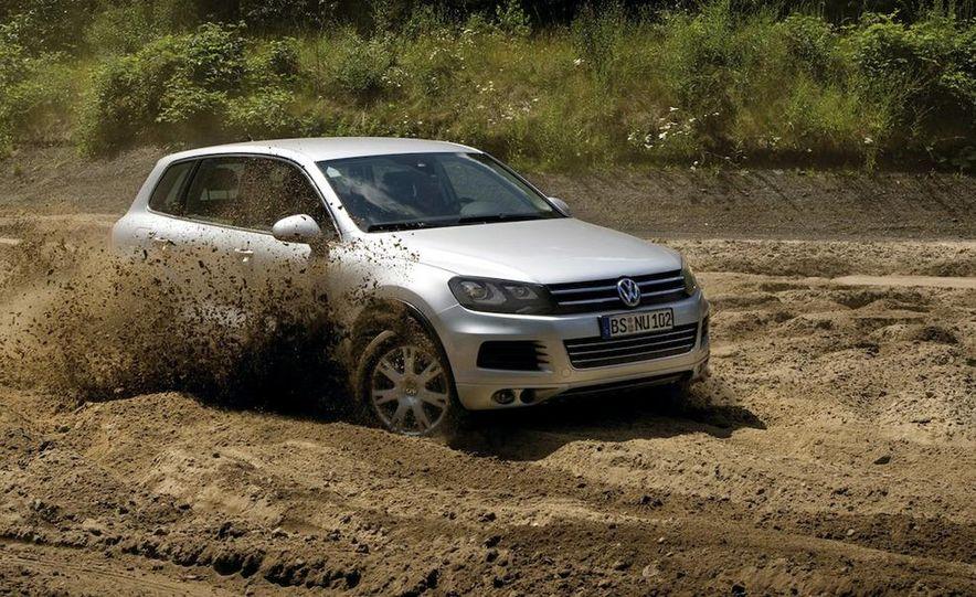2011 Volkswagen Touareg TDI - Slide 10