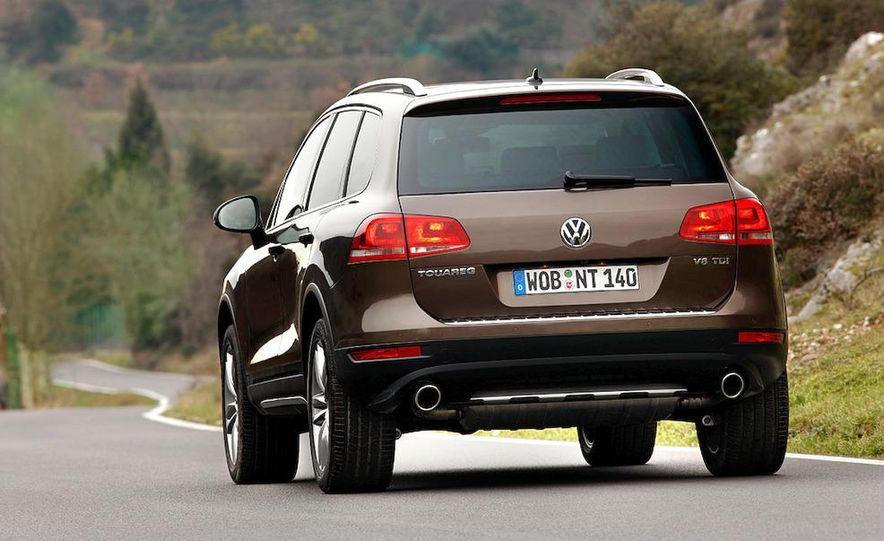 2011 Volkswagen Touareg TDI - Slide 26