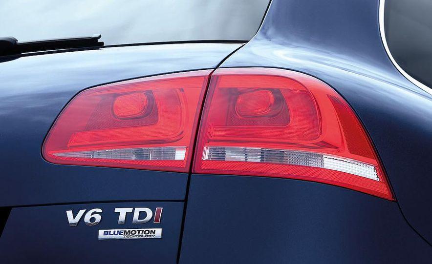 2011 Volkswagen Touareg TDI - Slide 40