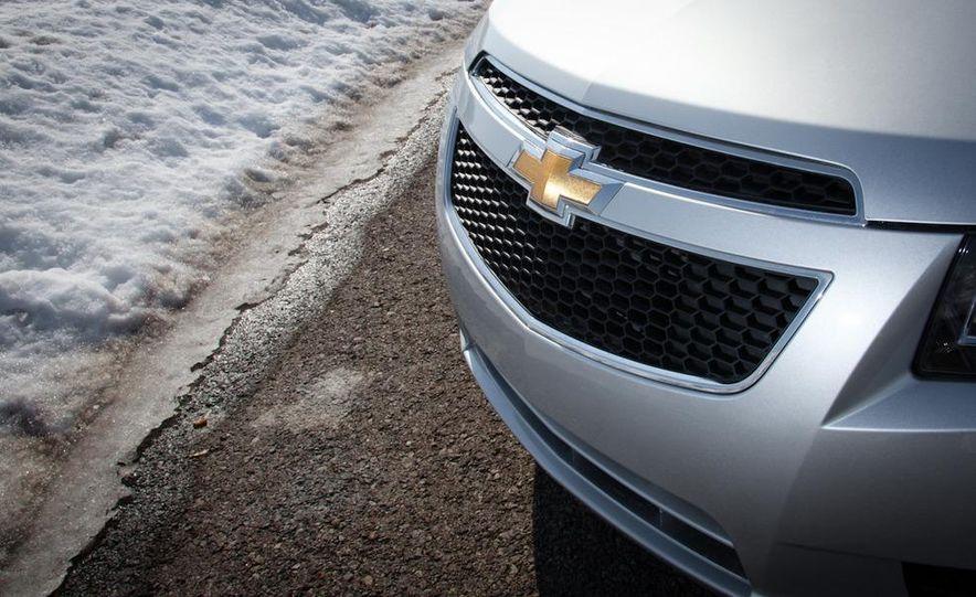 2011 Chevrolet Cruze LS - Slide 11