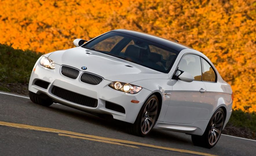 2011 BMW M3 coupe - Slide 3