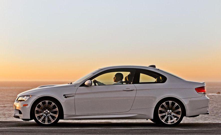 2011 BMW M3 coupe - Slide 4