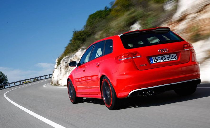 2011 Audi RS3 Sportbacks - Slide 3