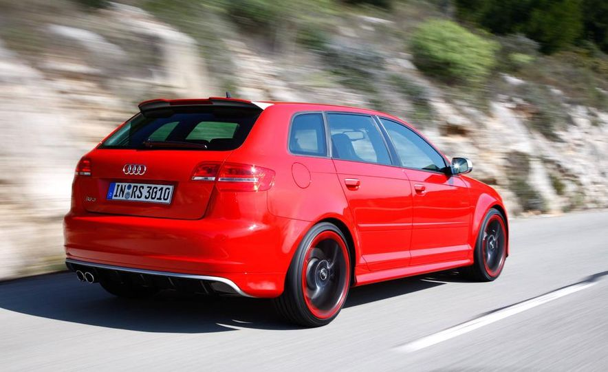 2011 Audi RS3 Sportbacks - Slide 6