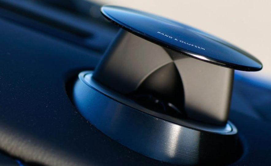 2012 Aston Martin Vantage S Volante and coupe - Slide 84