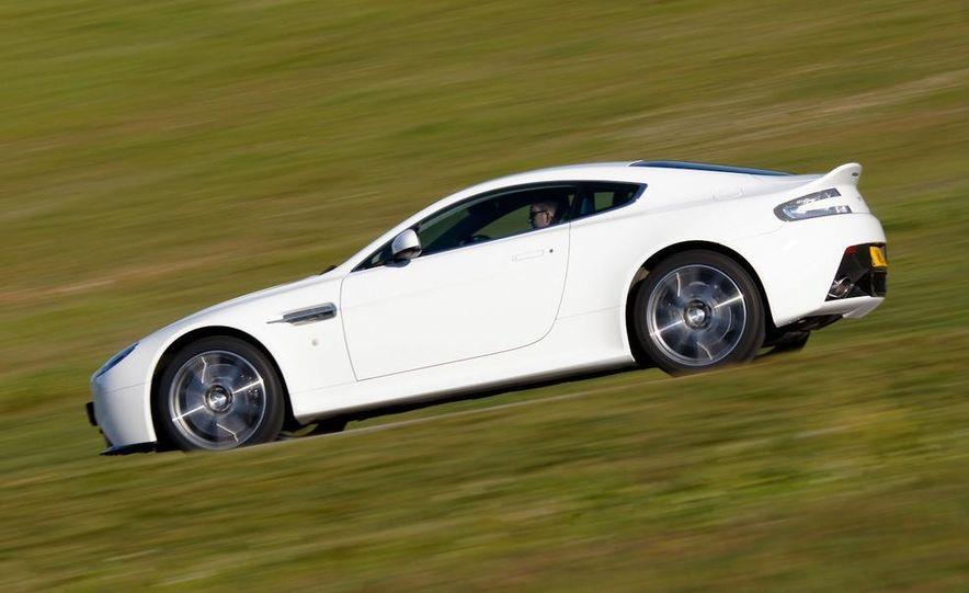 2012 Aston Martin Vantage S Volante and coupe - Slide 96