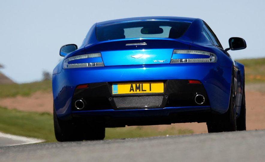 2012 Aston Martin Vantage S Volante and coupe - Slide 57