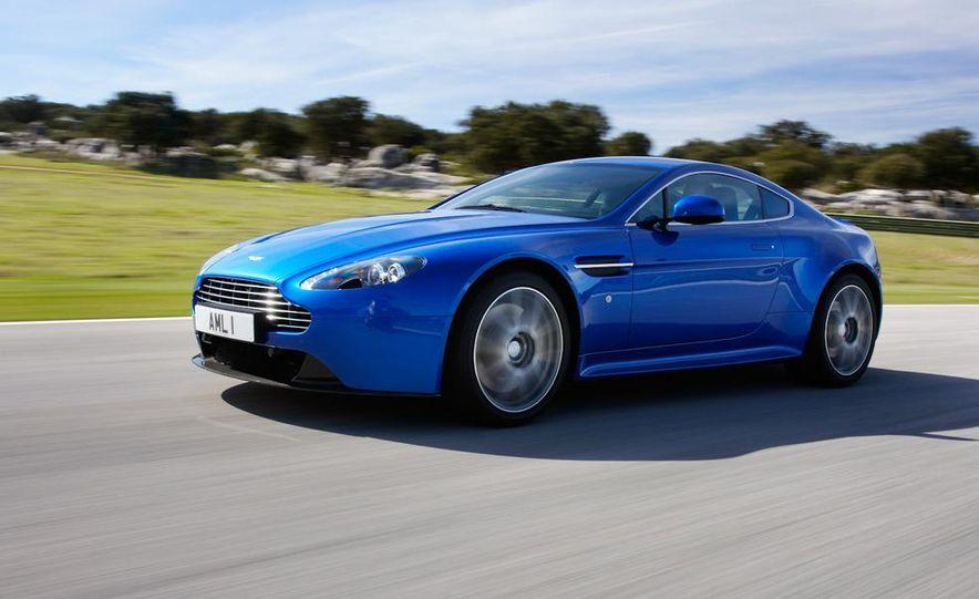 2012 Aston Martin Vantage S Volante and coupe - Slide 64