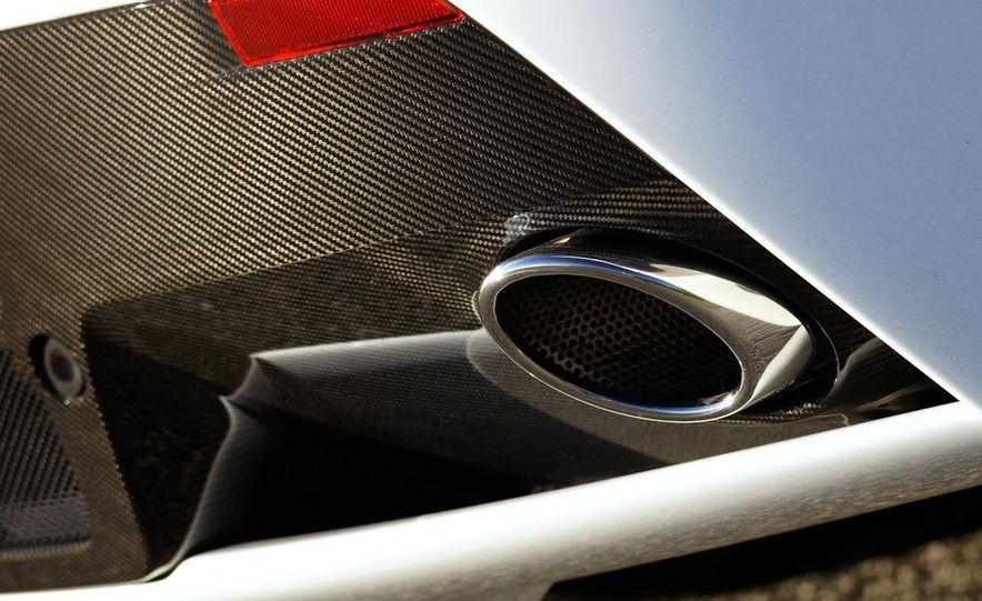 2012 Aston Martin Vantage S Volante and coupe - Slide 102