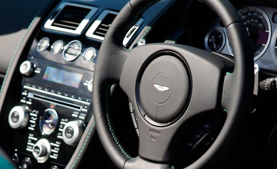 2012 Aston Martin Vantage S Volante and coupe - Slide 46