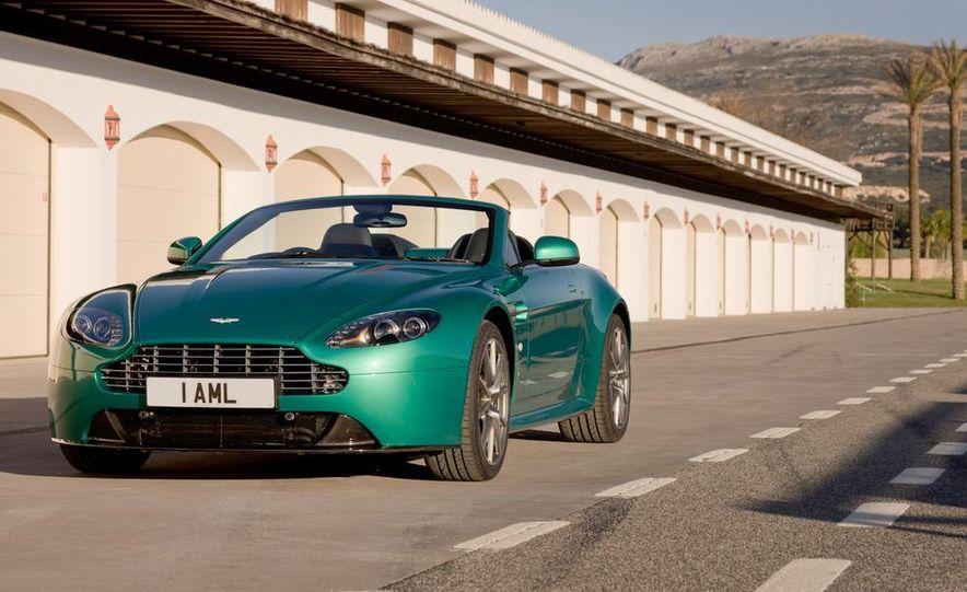 2012 Aston Martin Vantage S Volante and coupe - Slide 5