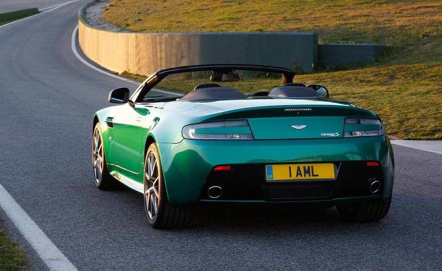 2012 Aston Martin Vantage S Volante and coupe - Slide 9