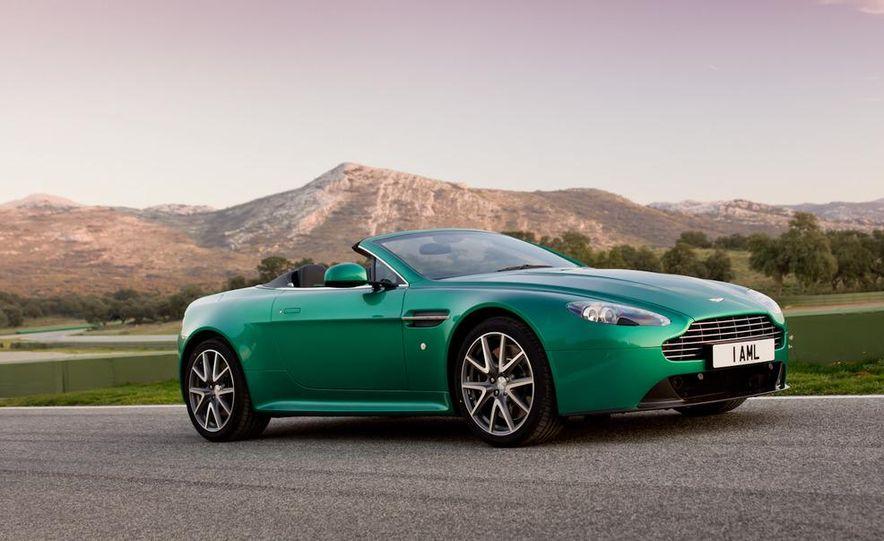 2012 Aston Martin Vantage S Volante and coupe - Slide 10
