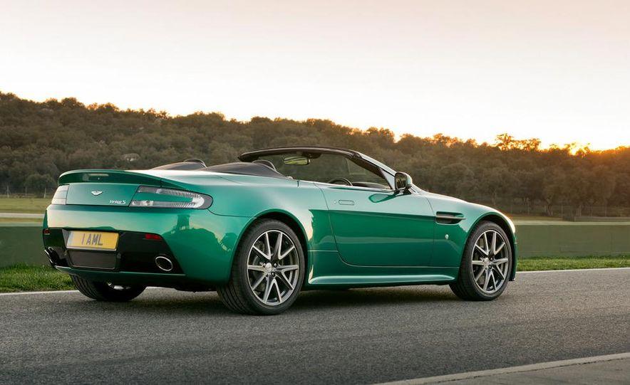 2012 Aston Martin Vantage S Volante and coupe - Slide 11
