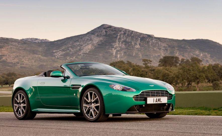 2012 Aston Martin Vantage S Volante and coupe - Slide 12