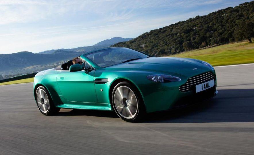 2012 Aston Martin Vantage S Volante and coupe - Slide 13