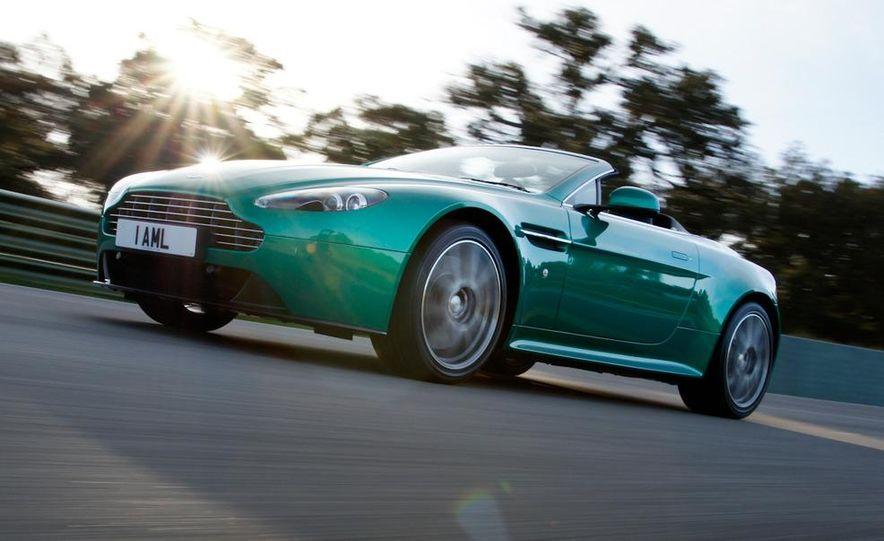 2012 Aston Martin Vantage S Volante and coupe - Slide 16