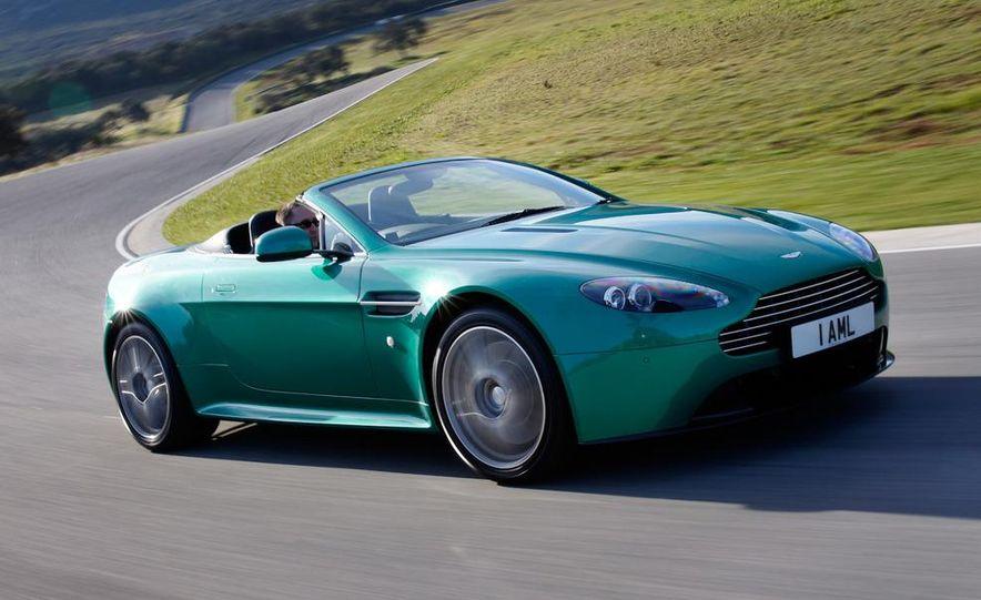 2012 Aston Martin Vantage S Volante and coupe - Slide 17