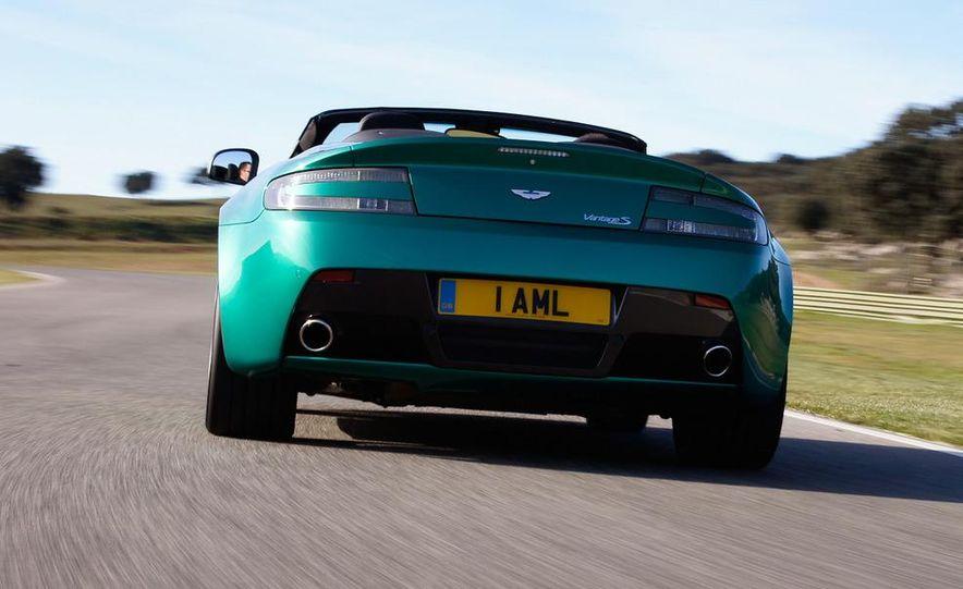 2012 Aston Martin Vantage S Volante and coupe - Slide 19