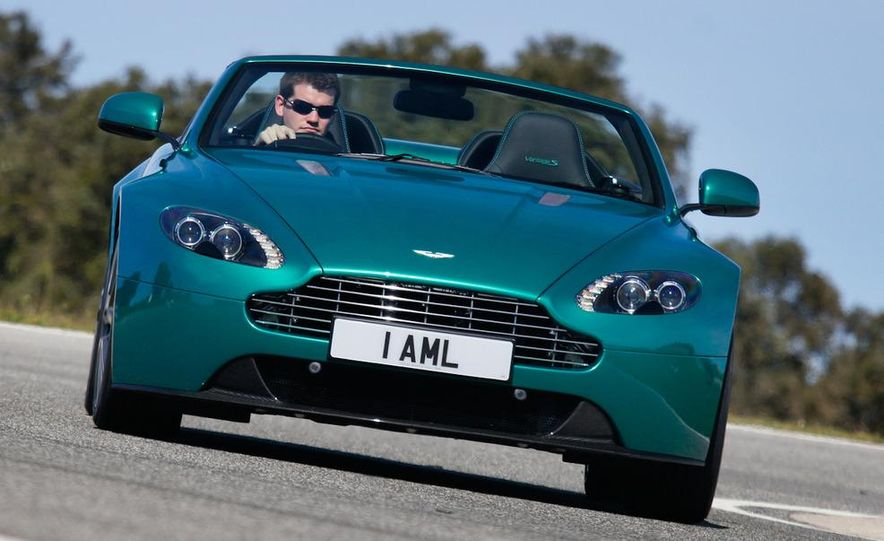 2012 Aston Martin Vantage S Volante and coupe - Slide 25